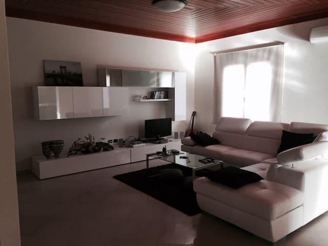 Accogliente casa moderna  - Ussana