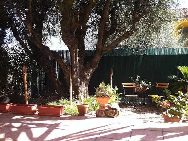 Authenticity and Romance on Riviera - Vence - Apartamento