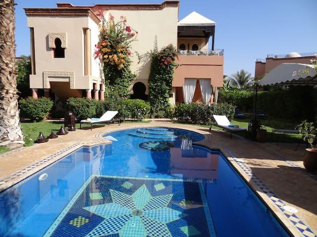 Superbe Villa avec magnifique piscine privée