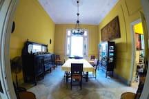 Hostal Silvia. Vedado.La Habana. Habitación 1.Cuba