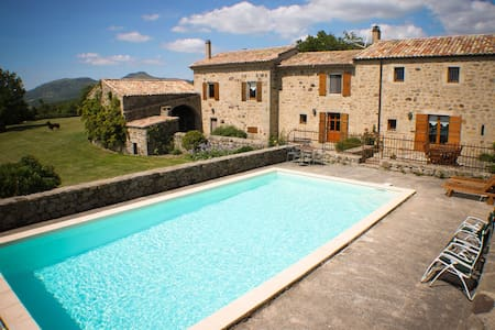 Bed and Breakfast in Ardèche 07000 - Creysseilles - Bed & Breakfast
