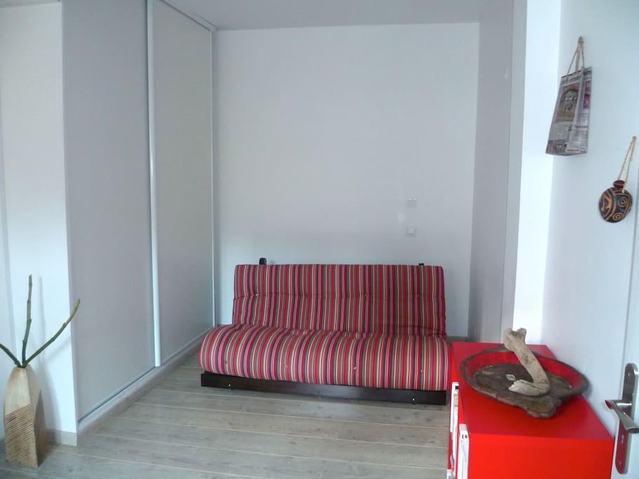 Chambre 2 Lit futon