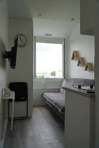 Brand new studio Paris 16 near Eiffel Tower