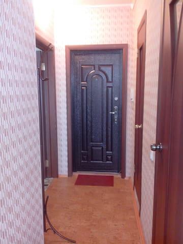 Тагилстроевская,3   (ГГМ) 3-ком. - Нижний Тагил - Apartment