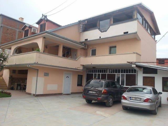 Apartment Jurisevic nr4 - Doni Štoj - Lägenhet