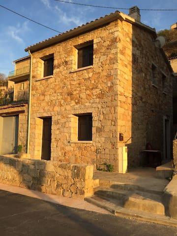 Petite maison de village neuve - Cuttoli-Corticchiato - Casa