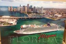 International Cruise port and city