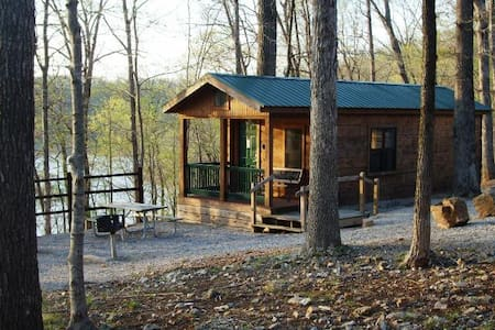 Beautiful Log Cabin on the Lake! - Cabane