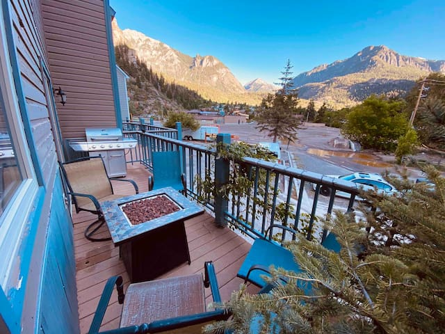 Ouray paradise!  Just steps from the hot springs!