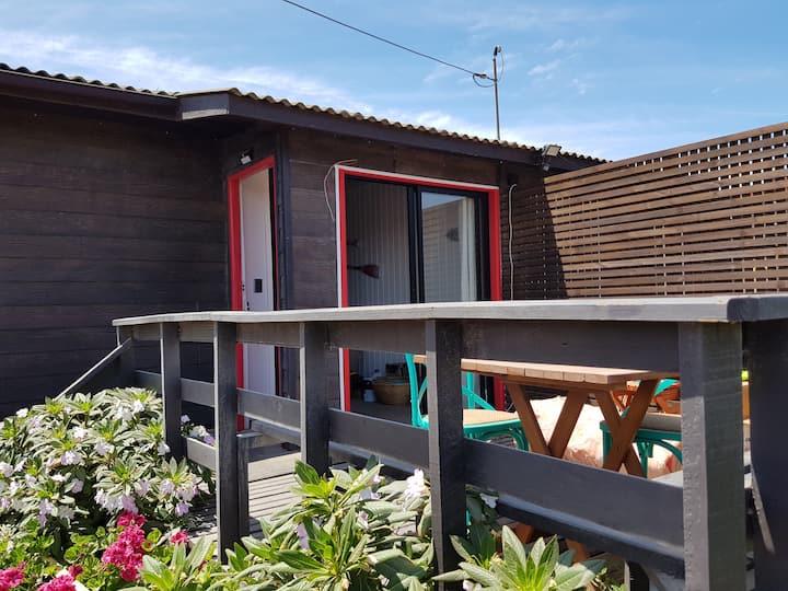 Linda y muy equipada cabaña roja  en Maitencillo