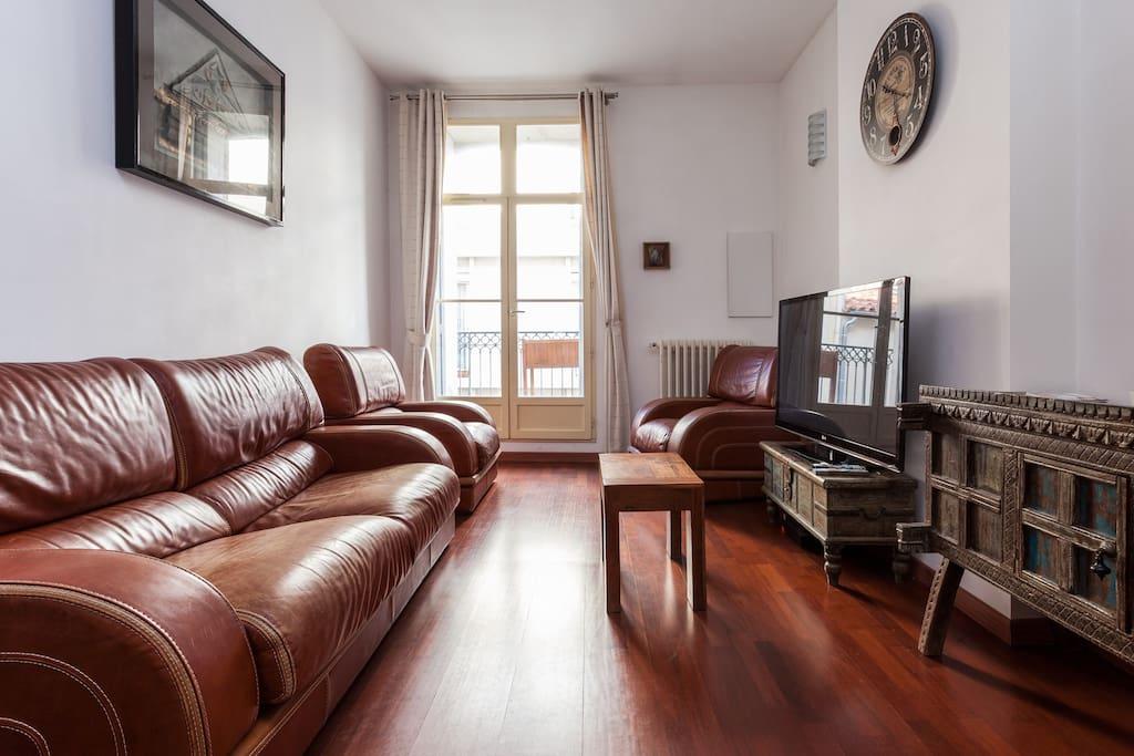 appartement com die appartements louer montpellier languedoc roussillon france. Black Bedroom Furniture Sets. Home Design Ideas