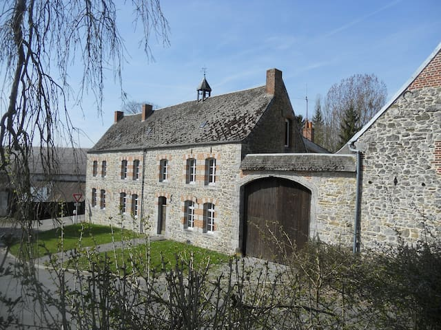 Chambre privée en maison de charme - Bas-Lieu - Ev