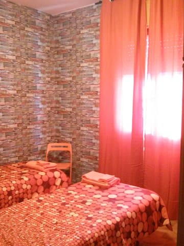 La Camera con 2 letti singoli - The Twin bedroom - La petite chambre
