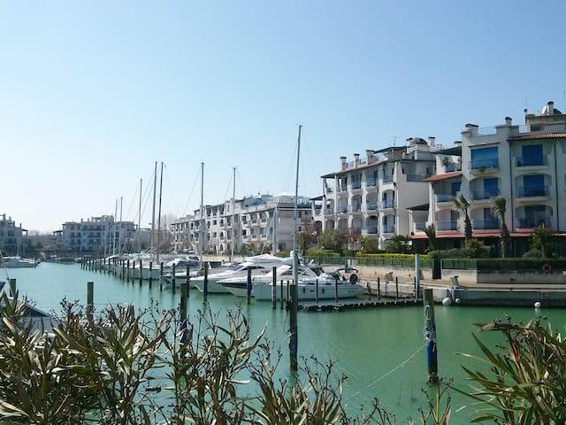 Il Porto di Misano Adriatico - Misano Adriatico Harbour - Le port de Misano Adriatico