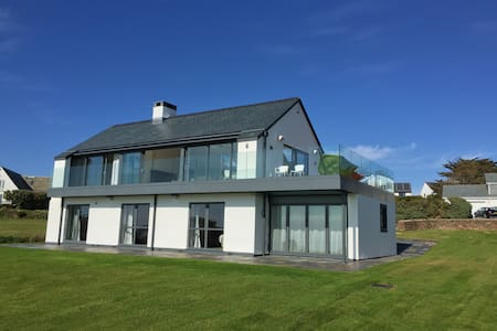 Camel Heights - A luxury Holiday Home in Cornwall - Trebetherick - Nyaraló