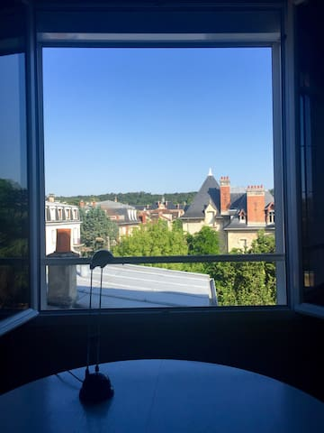 Historical center Fontainebleau - Beautiful view - Fontainebleau - Apartment
