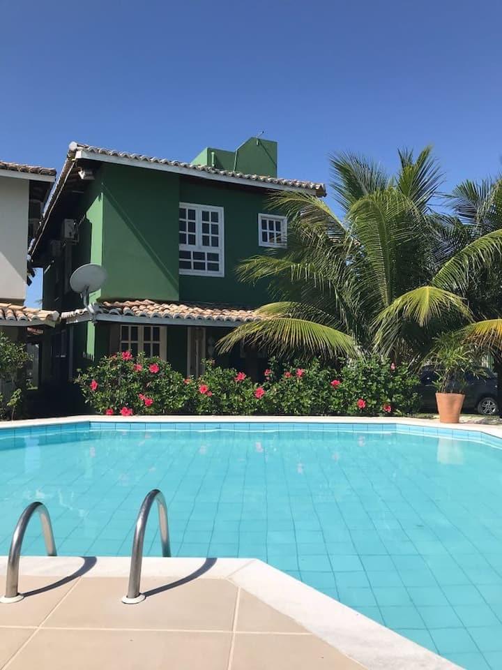 Casa Verde a 600m da praia (Barraca do Gaúcho)