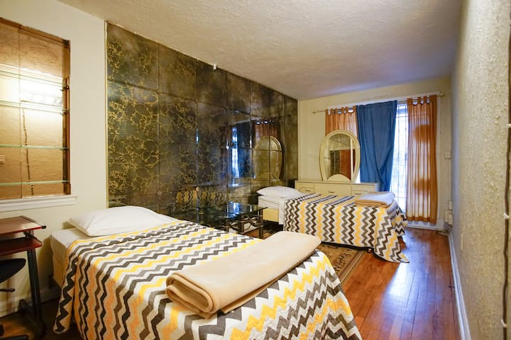 2BR Private Apt Guest Homestay