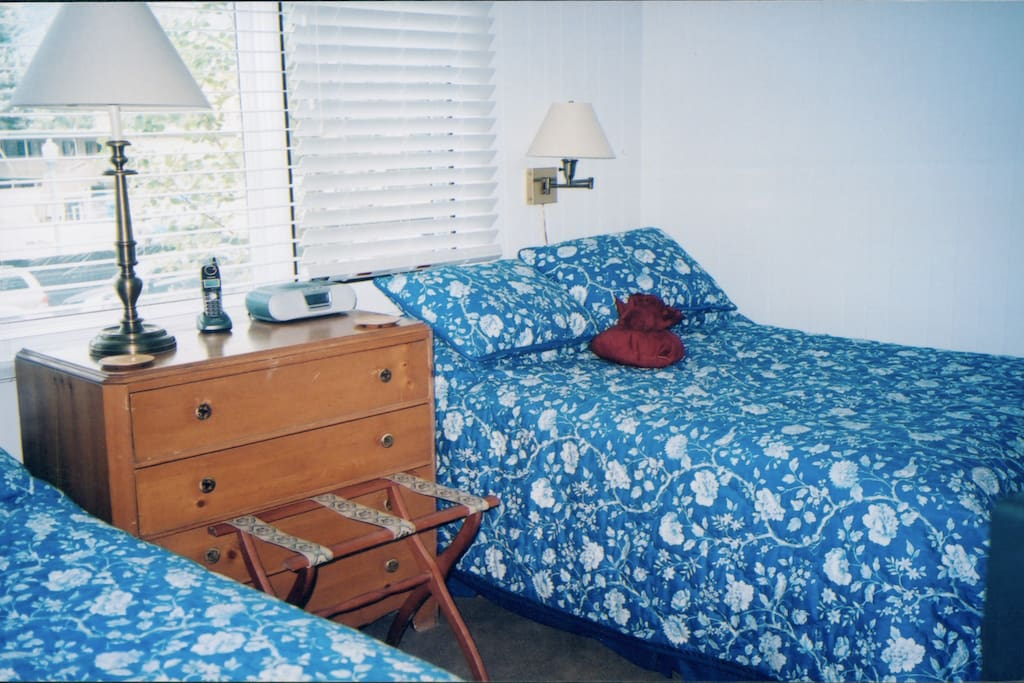guest room -two double beds with separate bath