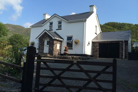 Unique B&B in Waterville, Kerry
