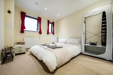 Stunning 30min2London,whole apt - Enfield