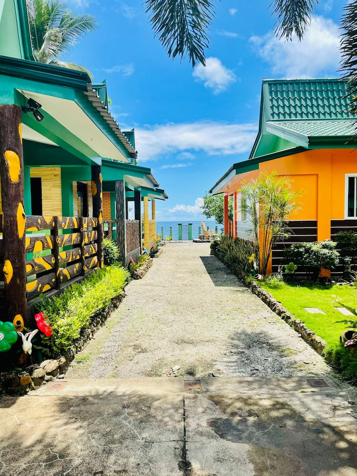 MariAlan Beach Resort