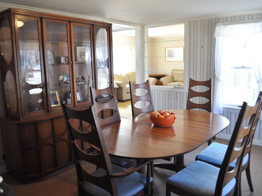 The formal dining room has room to spread out maps and plan your activities, and the living room has a brand new sofa and love seat for the whole family to unwind after a busy day.