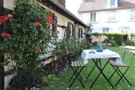 Chambre Safran à 15 minutes de Giverny - Cravent - Bed & Breakfast