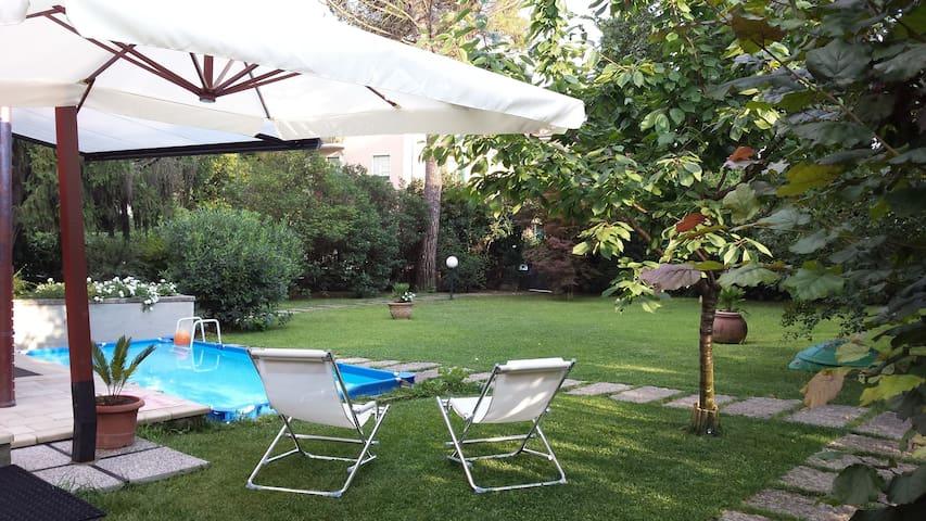 Verde relax a 2 passi dal centro! - Verona - Bed & Breakfast