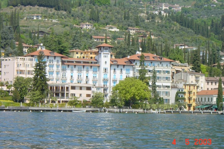 right on Lake Garda in a Palazzo