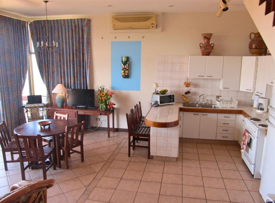 Dining, kitchen and study area, air conditioning both floors
