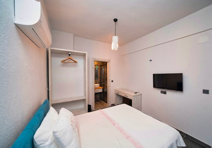 Only Blue Mansion 3 - Denize Sıfır Lüx Otel Odası