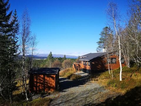 Behagliches Cottage in ruhiger Umgebung mit schöner Aussicht.