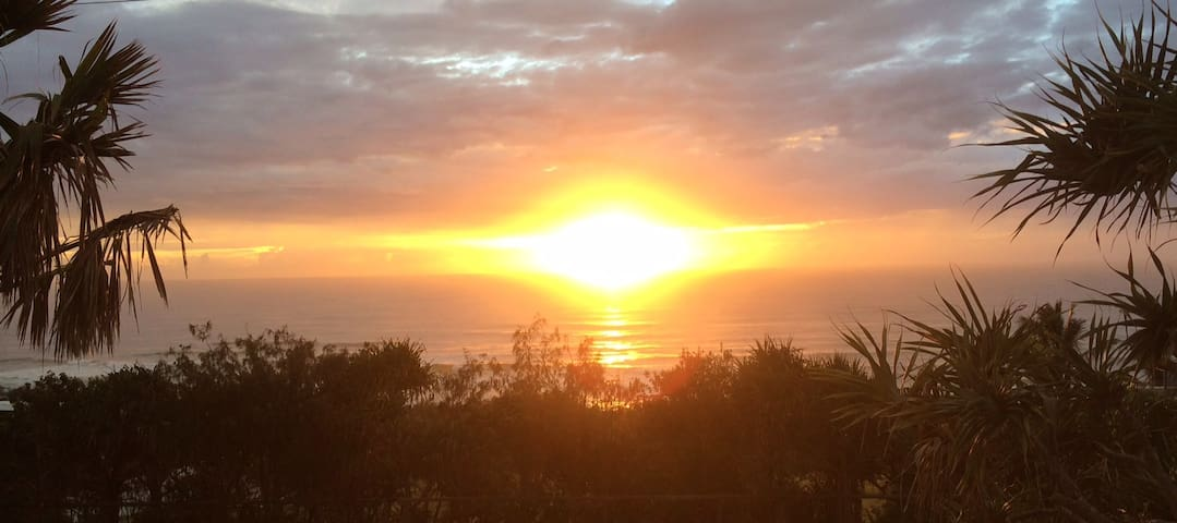 Stunning Ocean Views! - Sunrise Beach - Daire