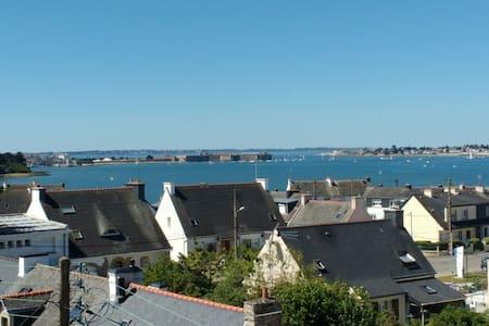 Maison exceptionnelle,Port Louis & Lorient à 2 pas - Locmiquélic - 一軒家