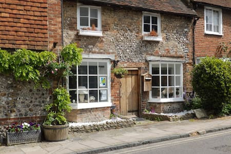 Sussex English cottage nr Brighton - Steyning - บ้าน
