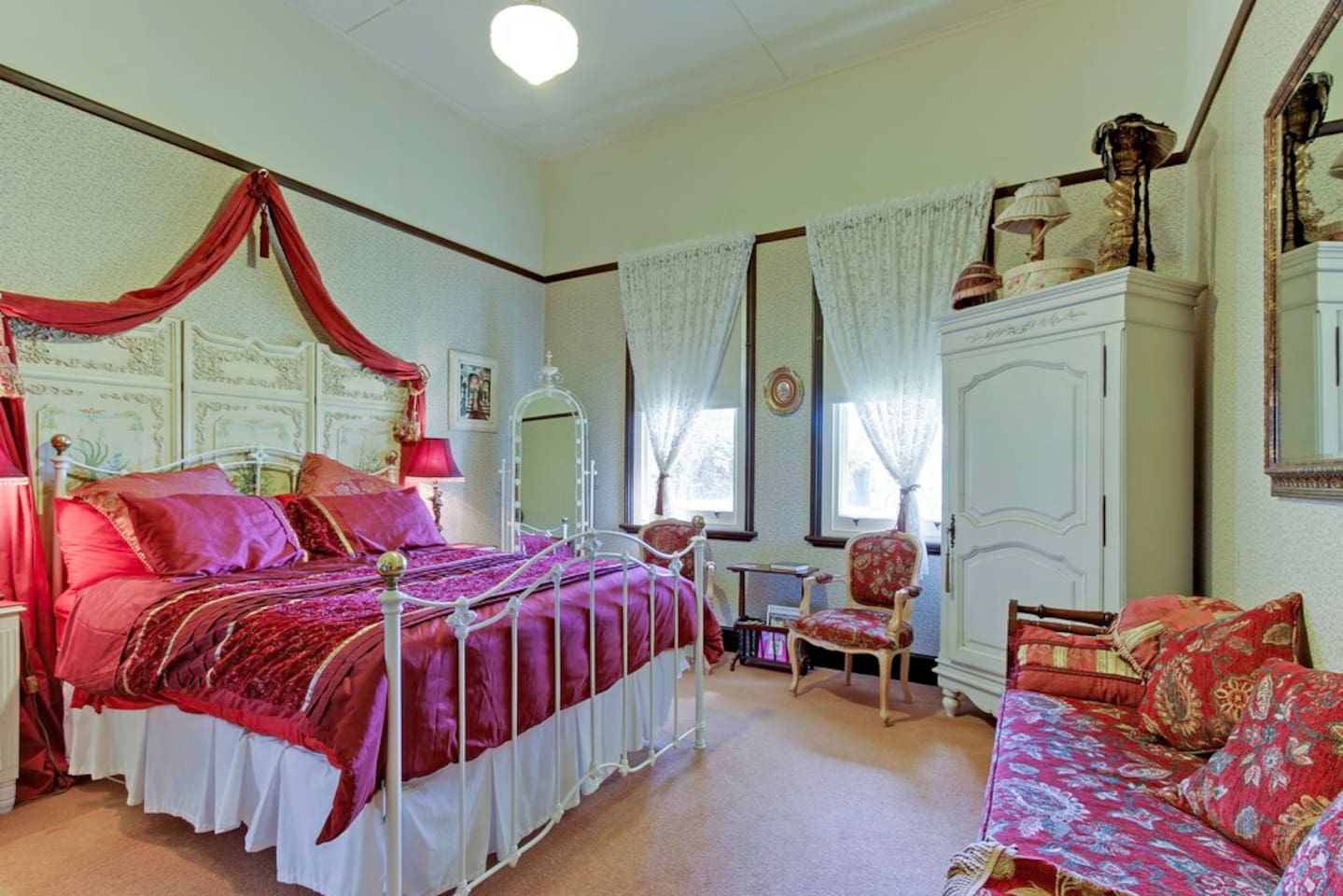 Dalfruin Heritage Boutique B&B bedroom