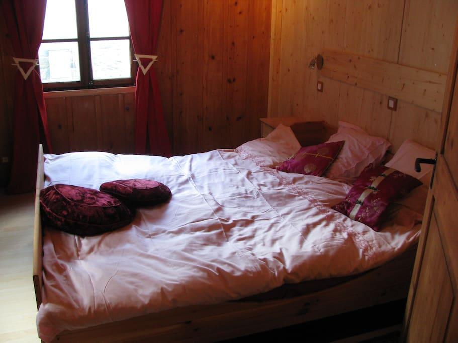 le chalet de la douane appartements louer bagnes. Black Bedroom Furniture Sets. Home Design Ideas