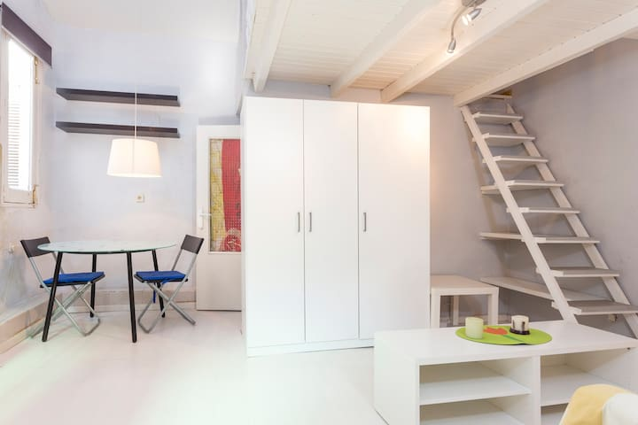 Loft Wifi & AC 15min to center 4Pax - Madrid - Byt