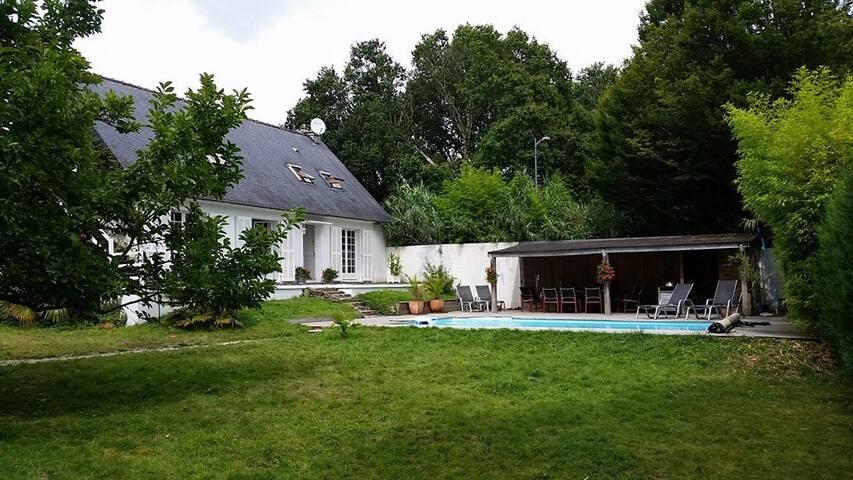 location villa avec piscine privée - La Forêt-Fouesnant - Villa