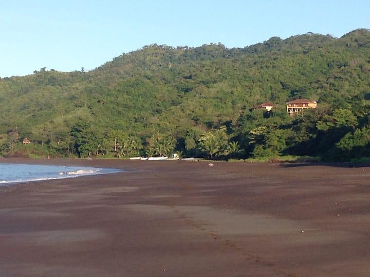Brisas Del Mar (Ocean Breezes)