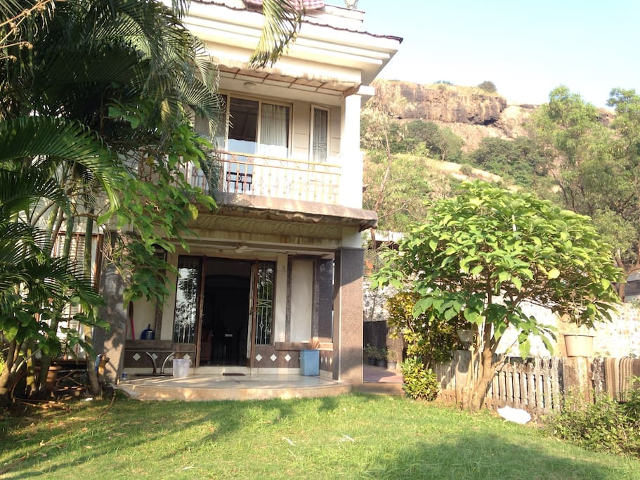 Sun Hillary Bungalows For Rent In Lonavala Mh India