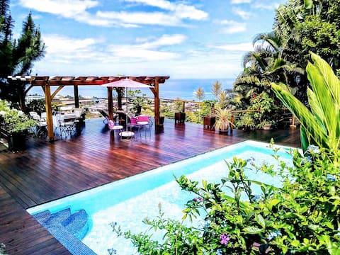 FARE SUNNY, luxueux bungalow vue mer PUNAAUIA