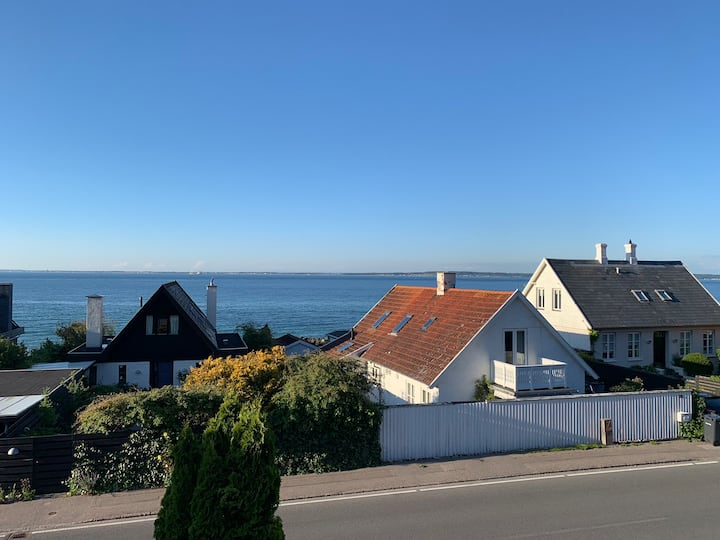 Cozy and beautiful house in Ålsgårde next to sea
