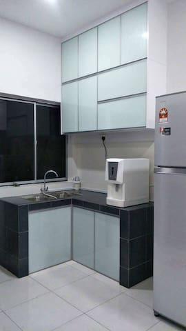 Elken Water Filter + Refrigerator