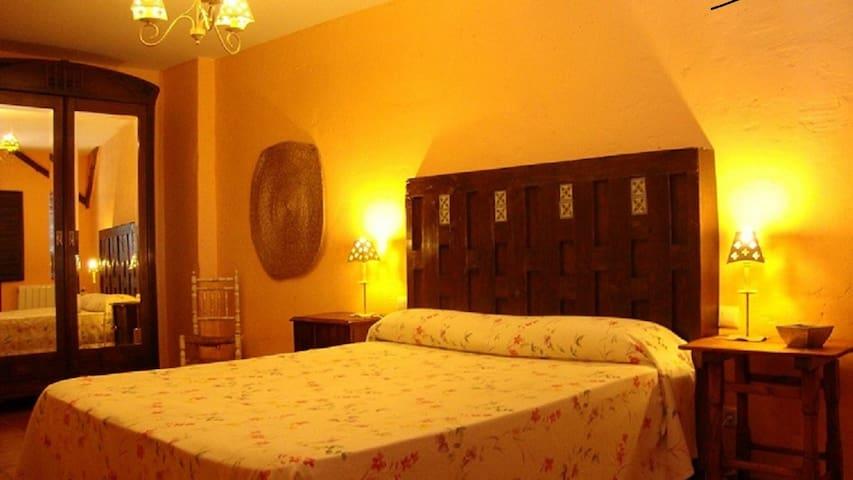 Habitaciónes privadad individuales o dobles - Durón