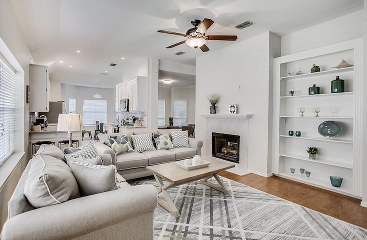 Renovated Home in Plano, Close to Frisco/ Dallas