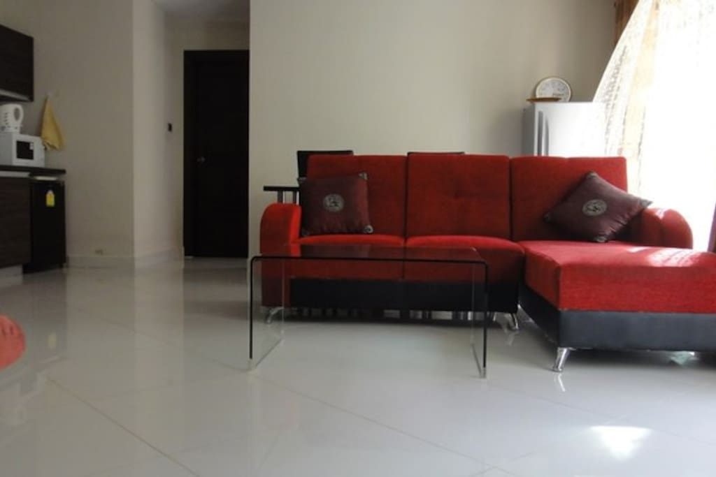 living room +kitchеn