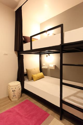 LUPTA Hostel Patong Hideaway 4beds mixed dorm