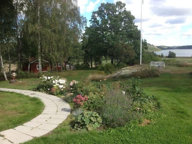 Mysigt hus i fantastisk miljö. - Norrköping Ö - House